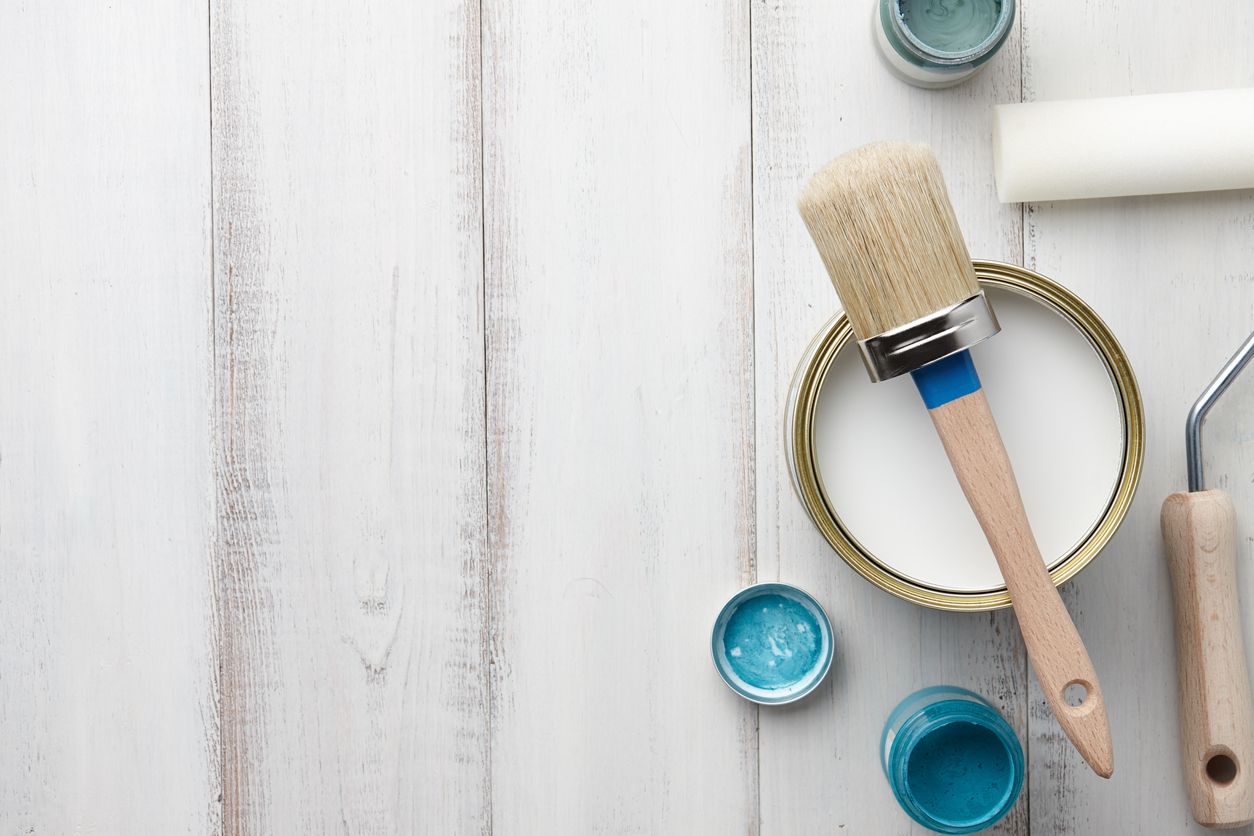 pintar mesa de madera