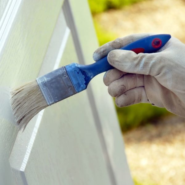 Cómo pintar puertas en blanco en 9 pasos