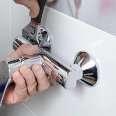 Cómo cambiar el grifo de la bañera en 10 pasos