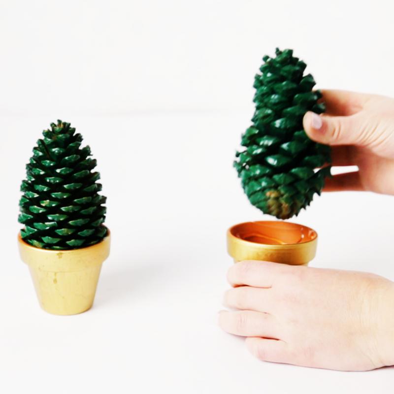 Paso 2- Cómo hacer mini árboles de Navidad