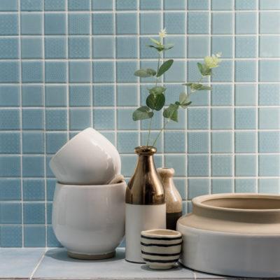 Cómo pintar los azulejos del baño, paso a paso
