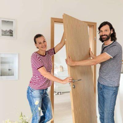 Cómo quitar una puerta de interior paso a paso