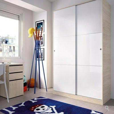 Cómo cambiar las puertas de un armario por correderas