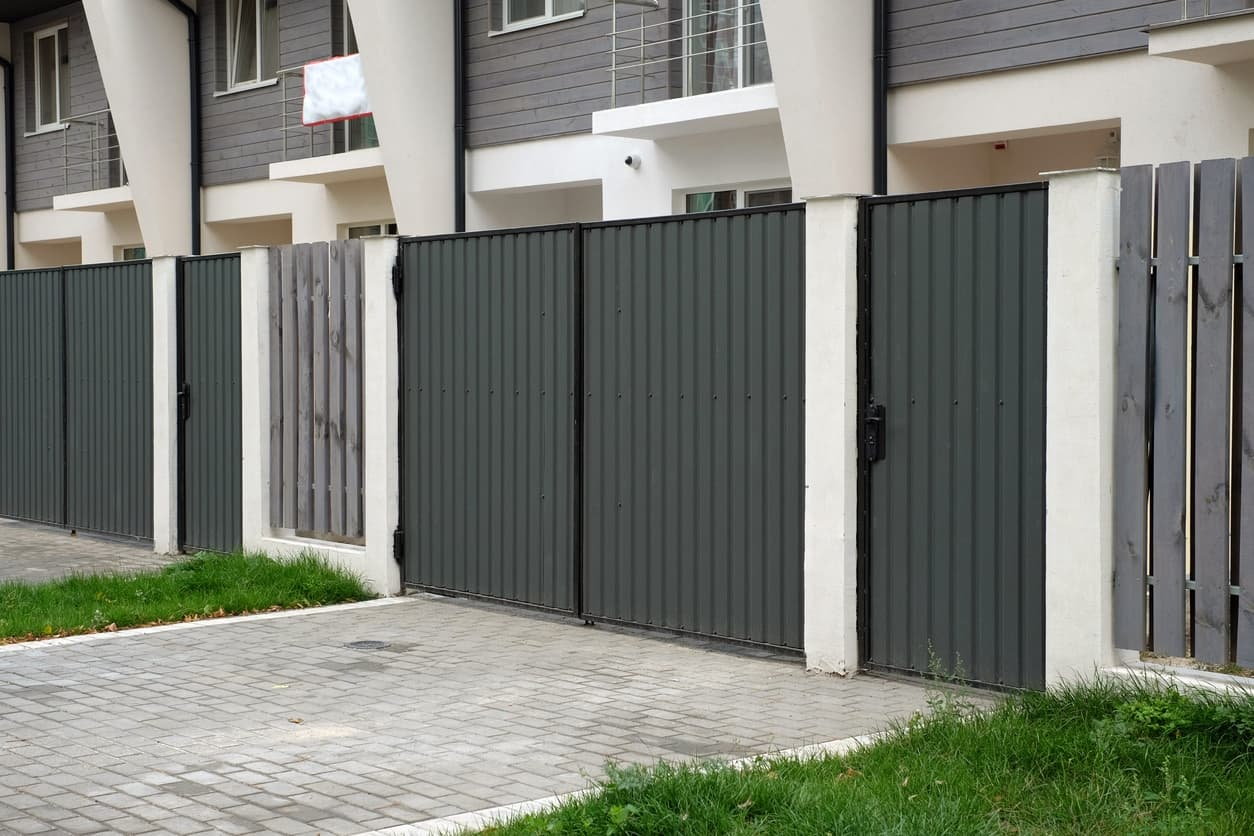 pintar puerta galvanizada