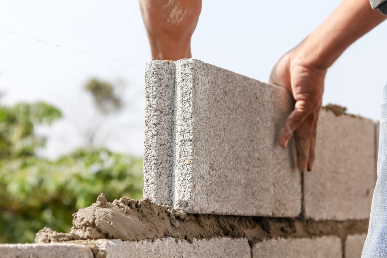 cómo hacer un muro de hormigón construir