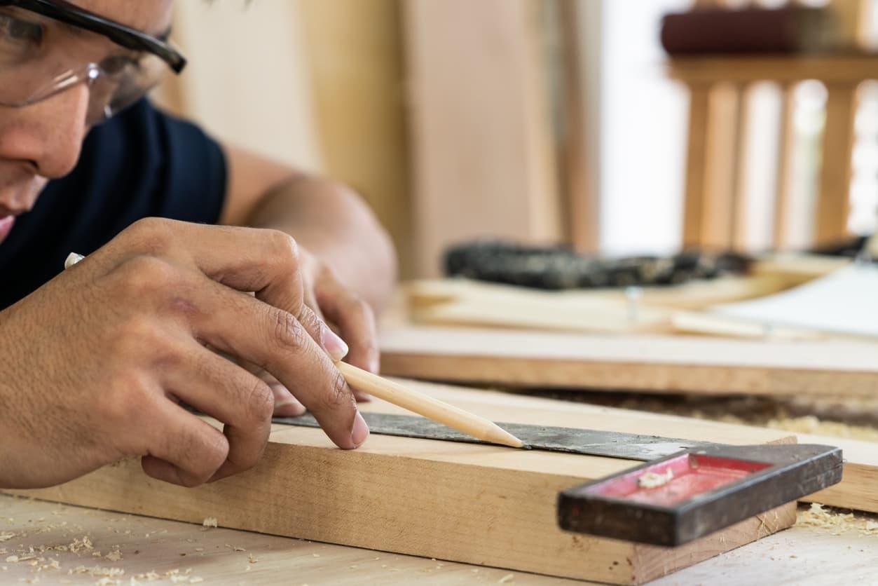 cómo hacer una puerta de madera para exterior